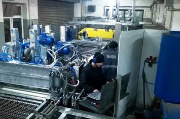Automatyzacja linii do produkcji stopni schodowych - cięcie